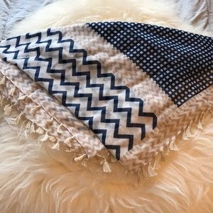 Accessories - Large Lightweight Scarf Chevron Zig Zag Tassels